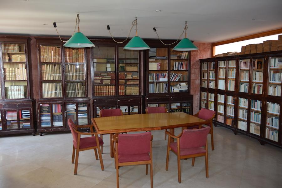 Biblioteca Àngel Ruiz y Pablo
